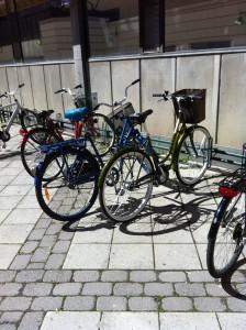 Foto av cyklar